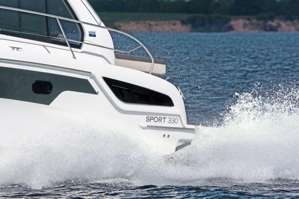 Bavaria Sport 330